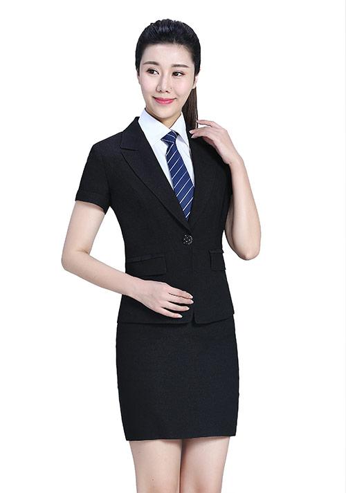 北京时尚女西服