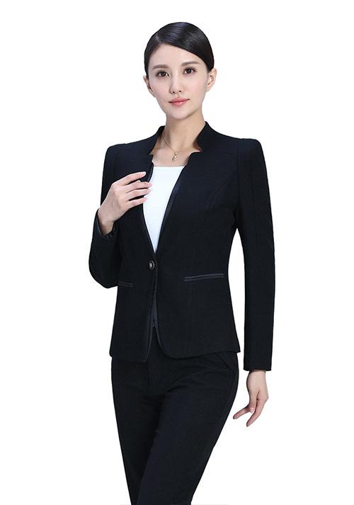定制时尚女士职业装
