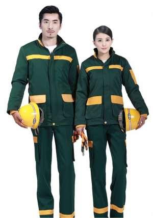 有人愿意定制服装吗?定制一件服装多少钱